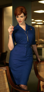 Notre collaboratrice Christina fume une cigarette après le test consommateur