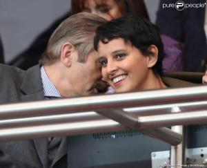 Frédéric Thiriez fait part à Najat Vallaud-Belkacem de ses projets pour abolir l'élitisme dans le football français. Elle a l'air contente.