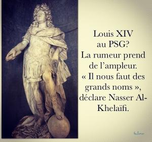 Louis XIV avec le ballon, dans sa tunique de l'AS Rome