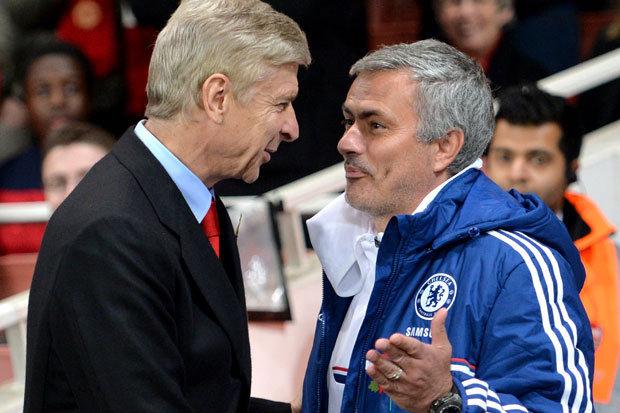 La rivalité entre Arsène Wenger et Jose Mourinho est une plaisanterie. Comme on le voit ils sont aussi capables de rigoler ensemble.