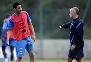 Deschamps explique à Rami comment jouer avec l'Allemagne